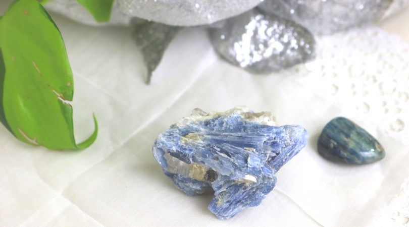 Kyanite is unique in many ways. It is just as gorgeous in its raw form as it is when its polished. Its high vibration almost instantly aligns and opens up all of the chakras, and it doesn't hold onto negative energy, so cleansing is not necessary. Learn more about kyanite in this blog post!